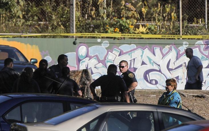 Lövöldöztek az iskolai parkolóban, egy lány válságos állapotba került!