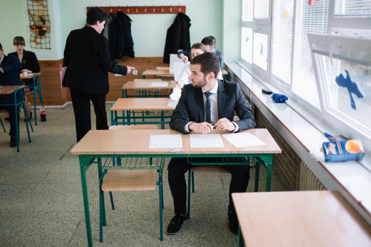 Az oktatásügyi minisztérium azt akarja, hogy ne csak negyedikben érettségizhessenek a középiskolások