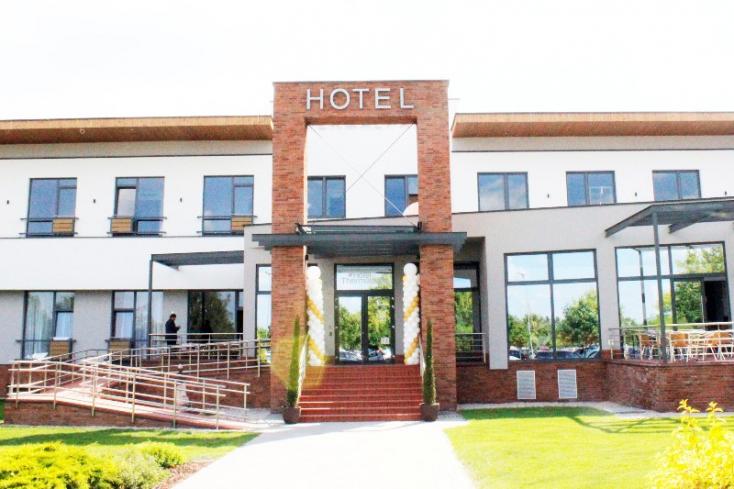 Átadták az új dunaszerdahelyi hotelt