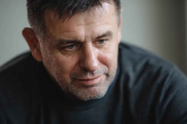 Sólymos László: A kormány a tízéves békés együttélés után behúzta a kéziféket