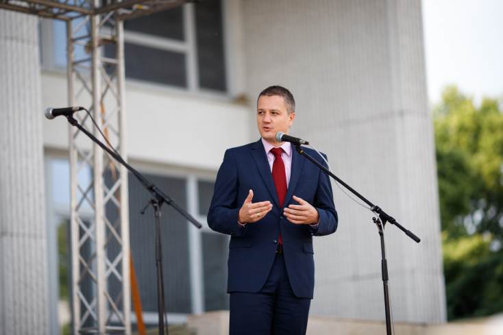 Rigó: Laššáková ésMaďarič eltérő világot képviselnek, a Híd meg ért a kisebbségek nyelvén