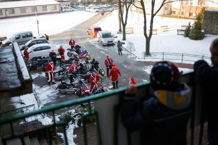 Motoros mikulások lepték el Dunaszerdahelyt
