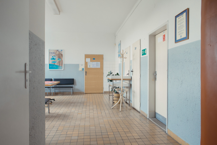 Megütheti a bokáját az ügyvéd, aki arra biztatta terhes kliensét, hogy tagadja meg a járványügyi intézkedések betartását a kórházban