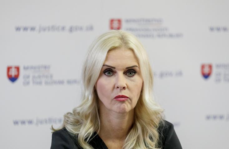 """Kočner """"majmocskája"""", Monika Jankovská távozik az államtitkári pozícióból, mocskos támadásról és disznóságról beszélt"""