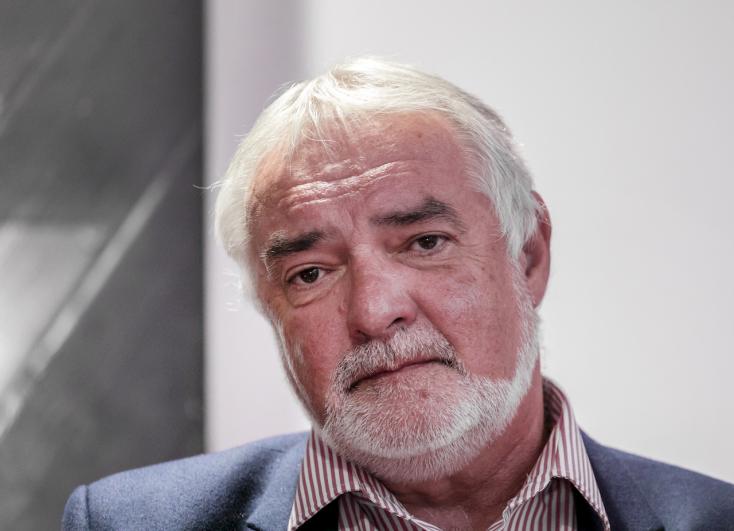 Leváltották a Szlovák Nemzeti Színház igazgatóját!