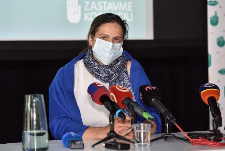 Kolíková 65 évesen nyugdíjba küldene minden bírót, és átvilágítaná a vagyonukat