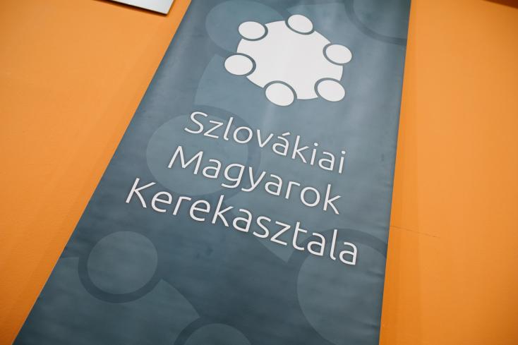 A Szlovákiai Magyarok Kerekasztala szlovákiai magyar össztársadalmi megbeszélést kezdeményez