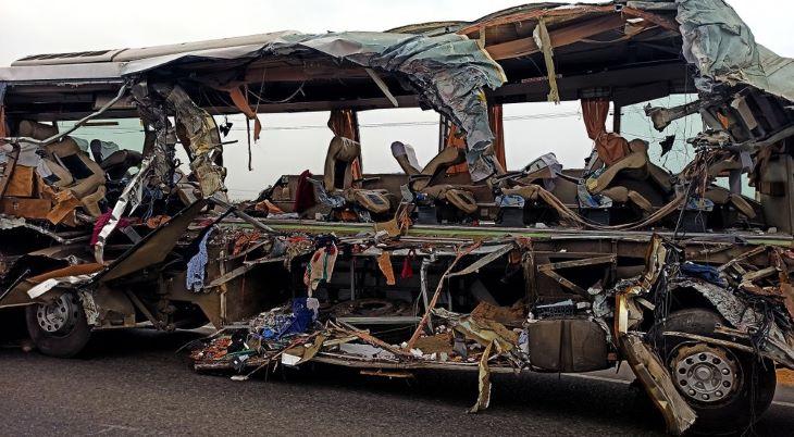 Sokan meghaltak egy dél-indiai buszbalesetben