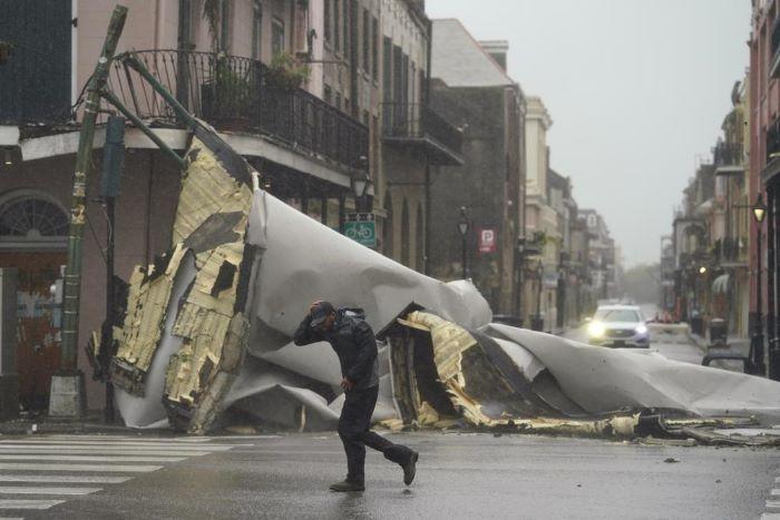 Biden katasztrófa sújtotta állammá nyilvánította Louisianát az Ida hurrikán pusztítása miatt