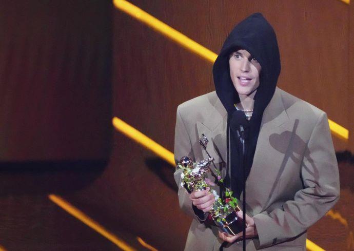 Justin Biebert és Olivia Rodrigót is díjazták az MTV VMA-gálán (VIDEÓK)