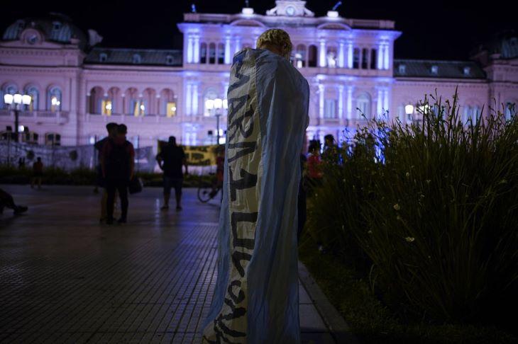 Az argentin elnöki palotában búcsúzhatnak el a szurkolók Diego Maradonától  - Élő VIDEÓ