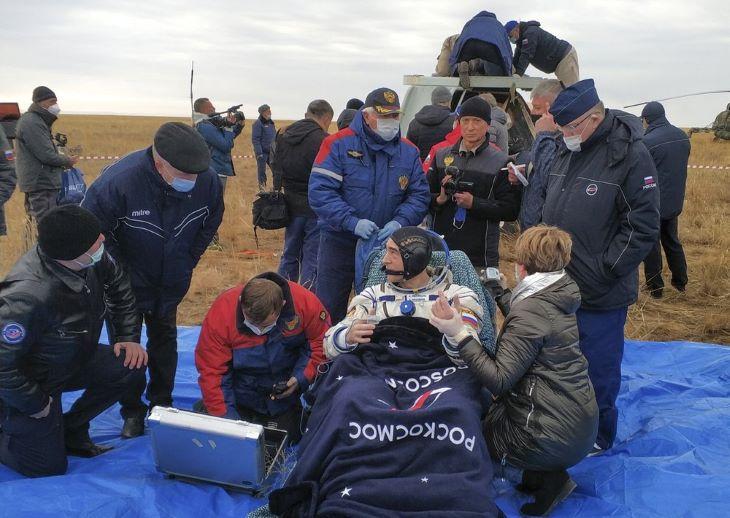 Visszatért a Földre a Szojuz MSZ-16-os űrhajó legénysége