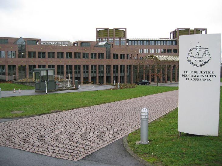 Az uniós bíróság érvénytelenítette az Egyesült Államokkal kötött, személyes adatok átadásáról szóló megállapodást