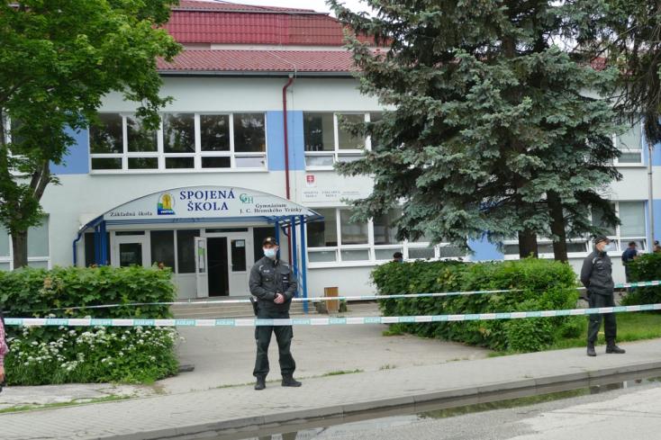 ISKOLAI TÁMADÁS: A legkisebb diákokhoz rohant be a támadó, a rendőrség keresi az indítékát