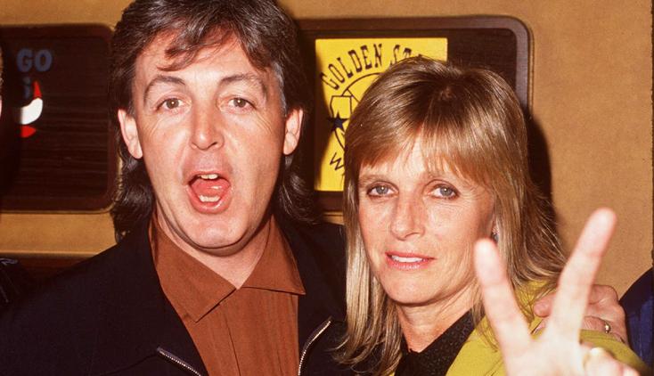 Először láthatók Linda McCartney hatvanas évekbeli fotói és naplói egy brit kiállításon