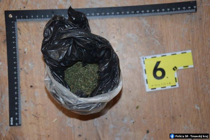 Drograzzia: házkutatást tartottak a 37 éves férfinél, nagy mennyiségű kábítószerre bukkantak (FOTÓK)