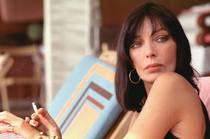 Meghalt Marie Laforet francia-svájci színésznő-énekesnő
