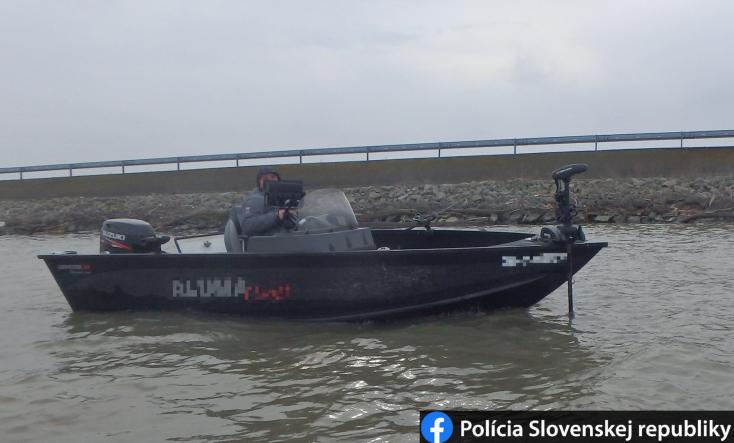Orvhalászt csíptek el Bősnél, tiltott helyen fogott egy tucatnyi halat (FOTÓ)
