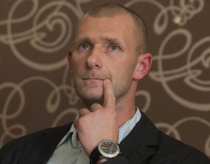Fico tanácsadója mondta meg a galántai horrorintézet igazgatójának, hogyan tálalják az ügyet