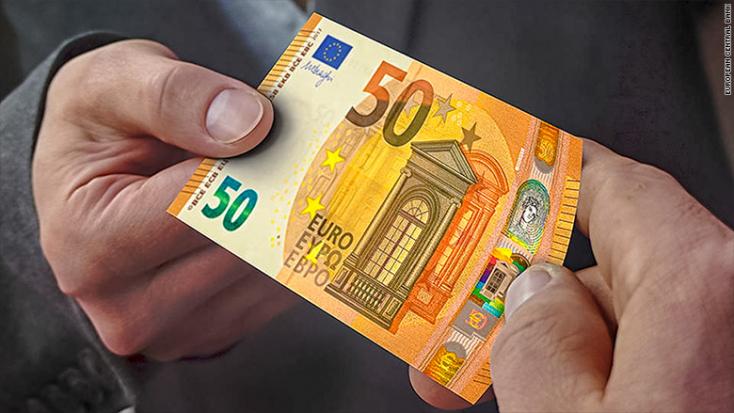 Gyengül a pénzünk, hatheti mélypontra bágyadt az euró