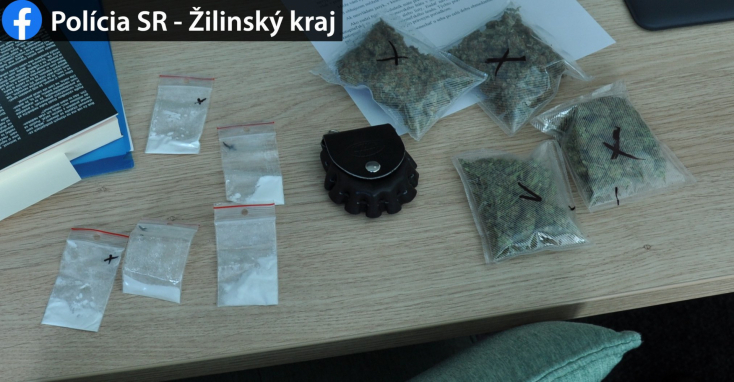 Drograzzia: nagy mennyiségű marihuánát és kokaint találtak egy férfinél (FOTÓK)