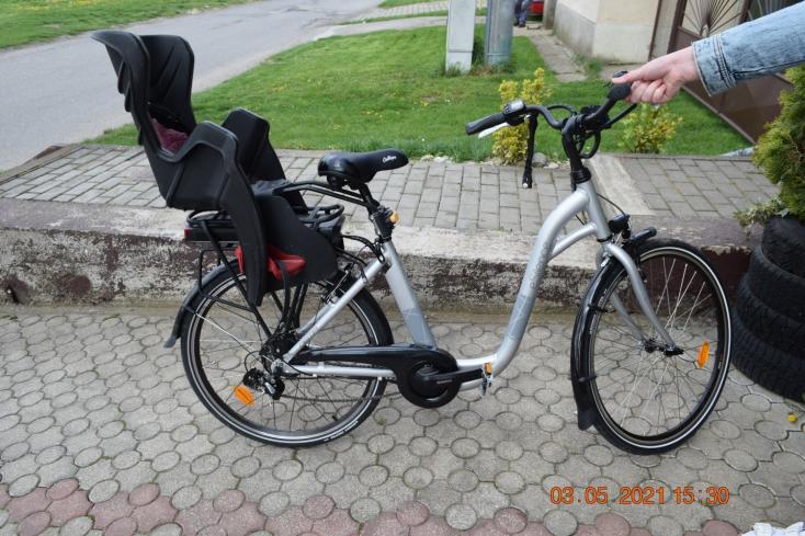 Elesett kerékpárjával az 58 éves nő, a kórházban belehalt sérüléseibe