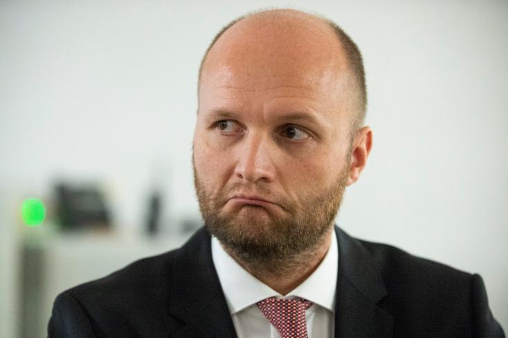 Az OĽaNO képviselője szerint a meggyanúsítása csak a katonai hírszerzés főnökének elhamarkodott és gyenge bosszúja