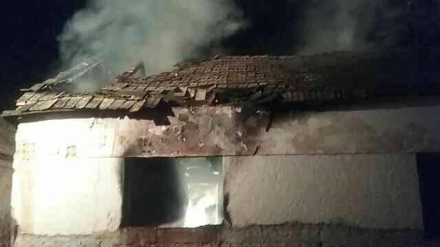 BORZALOM: Teljesen leégett a családi ház, megsérült egy gyerek is