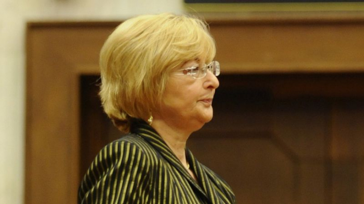 Csalással vádolják a Smer egykori képviselőjét, akit csak grófnőként emlegetnek