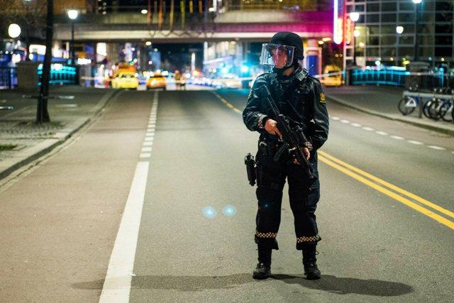 Házi készítésű pokolgépet tartalmazó csomagot küldtek Norvégiában egy rendőrkapitányságra