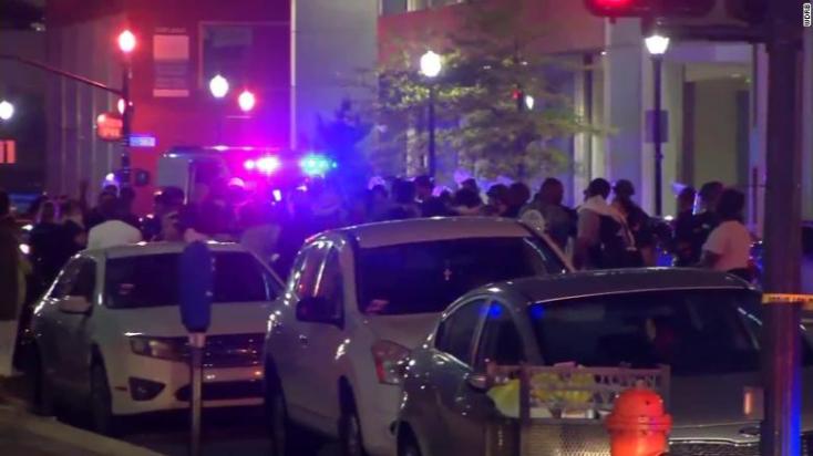 Amerikai tüntetések: Lövöldözés Kentuckyban, egy ember meghalt