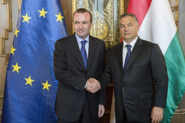 Az Európai Néppárt szolidaritást vár Orbán Viktortól