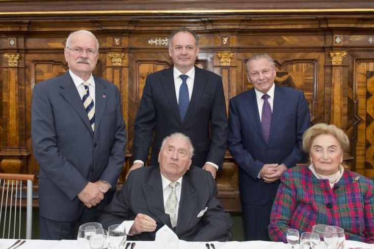 Michal Kováč születésnapján összejött az összes szlovák államfő