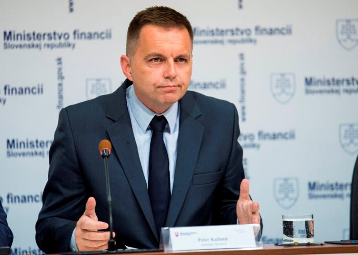 Kažimír feladta a küzdelmet, a portugál jelölt lesz az Eurogroup új vezetője