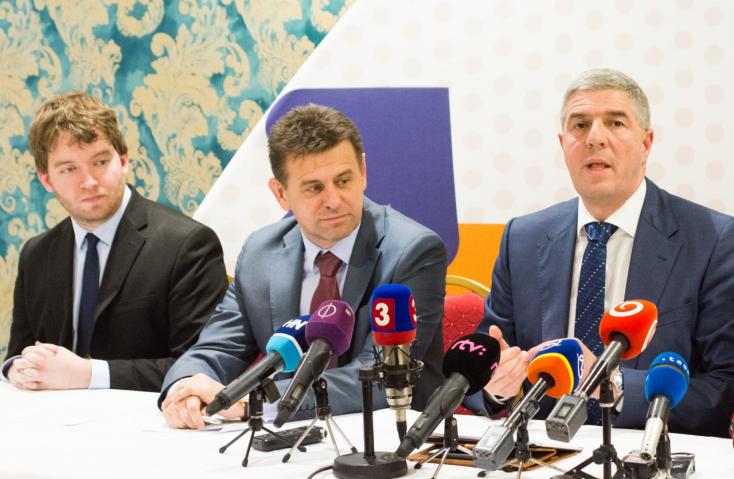 Bugár: Ha jobboldali kormány alakul, mostanra már szétesett volna