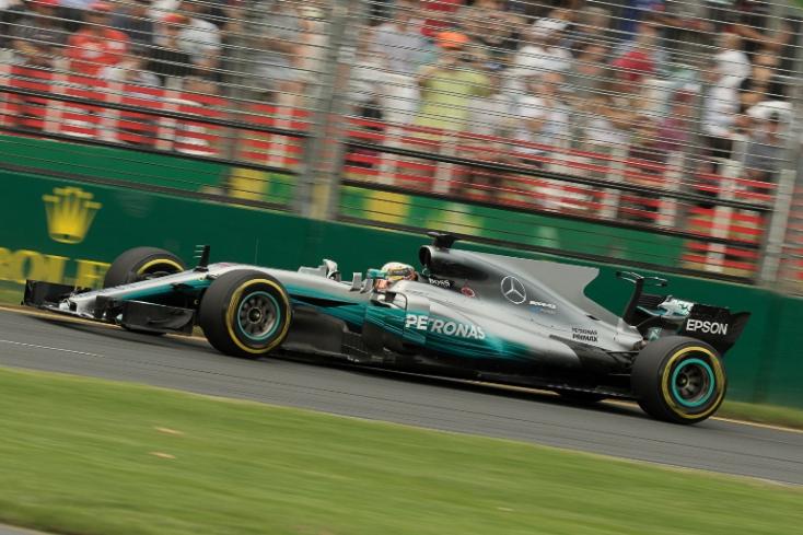 Ausztrál Nagydíj: Hamilton óriási fölénnyel az élen!