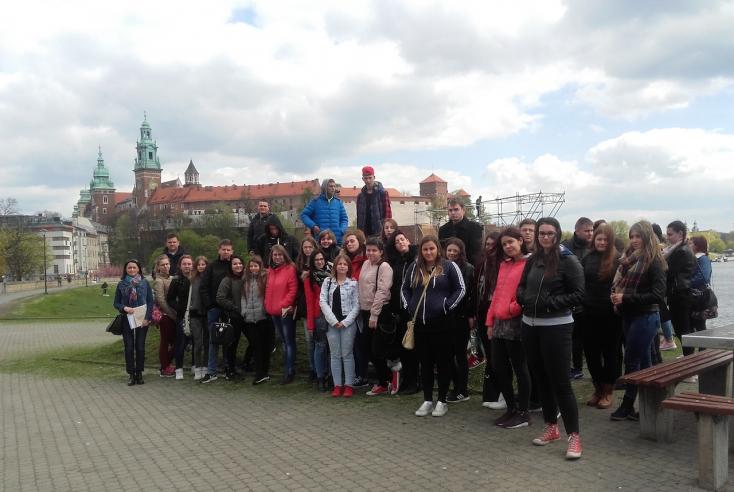 Krakkót és Auschwitzot látogatták meg a diákok