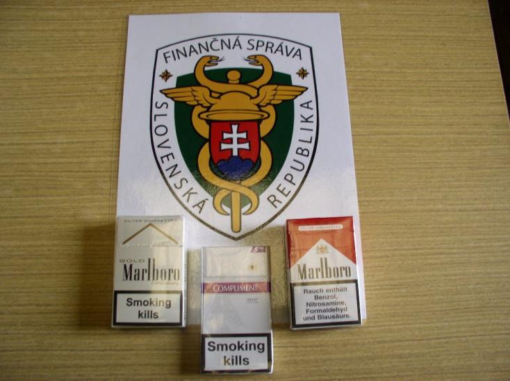 Hamis cigiket árultak a nyílt utcán a Komáromi járásban