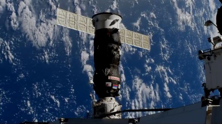 Összekapcsolódott a Nemzetközi Űrállomással az orosz teherűrhajó