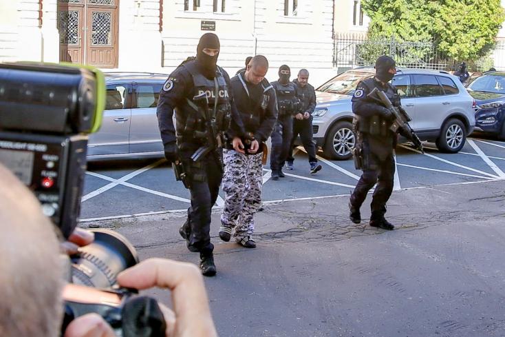 Kuciak-gyilkosság: A rendőrök megtalálták a kabátot, ami a gyilkoson volt, de nem azé, akire számítottak!