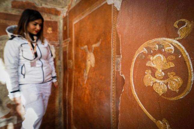 Megnyitottak a látogatók előtt a gladiátorok házát Pompejiben