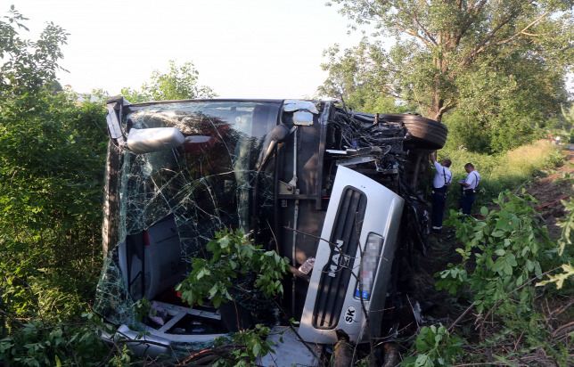 Hazatértek a Magyarországon buszbalesetet szenvedett szlovákiai gyerekek