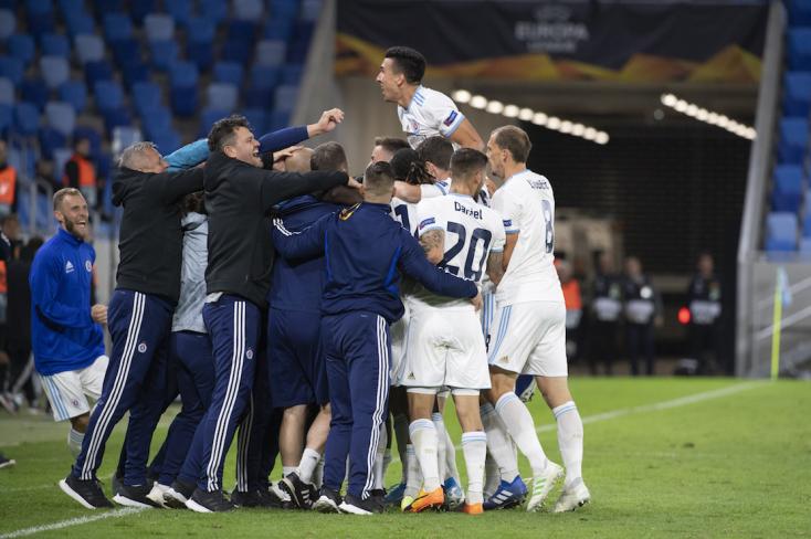 Európa-liga: Fölényes Slovan-győzelem Pozsonyban a Besiktas ellen, Fradi-döntetlen Barcelonában