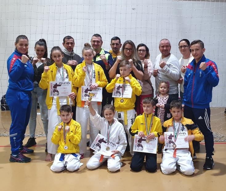 Dobogós helyezésekkel tértek haza a Seishin Karate Klub karatékái az idei utolsó versenyről