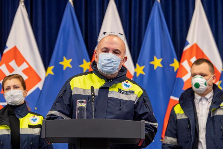 Másfél héten belül 30 millió védőmaszk érkezik Szlovákiába, amiből mindenkinek juthat