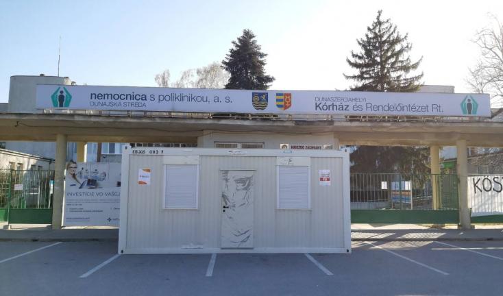 Több városban, köztük Dunaszerdehelyen tünetek nélkül is kérhetjük, hogy végezzék el rajtunk a koronavírustesztet