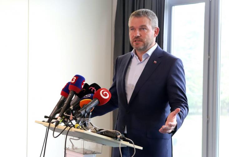 Pellegrini szerint felesleges a kormány egyetlen tagját leváltani, lemondásra szólította fel a kormányfőt!