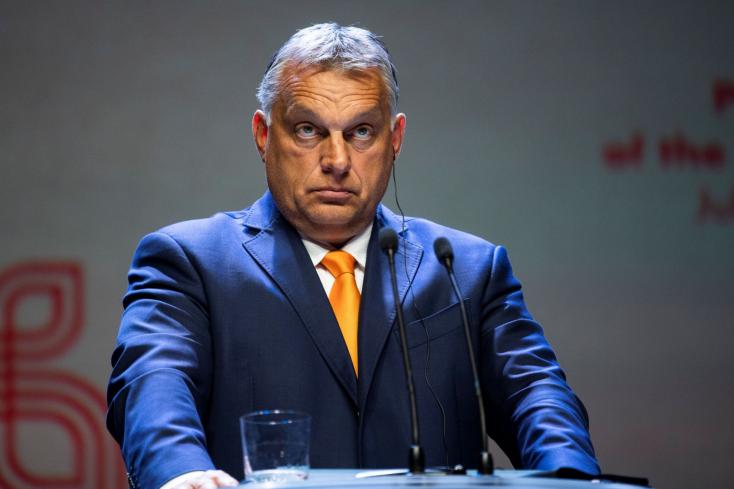 """""""Egy életszemlélet, egy észjárás és jellemző testtartás"""" – Orbán """"visegrádi programot"""" hirdetett - szlovákul is!"""