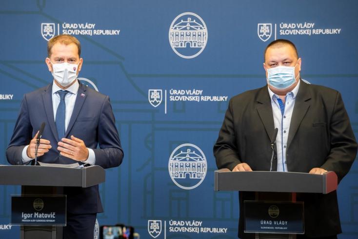 KORONAVÍRUS: Betiltják a tömegrendezvényeket, kültéren is kötelező lesz a maszkviselés