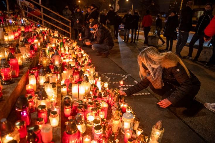 Lučanský temetése napján kikerül a gyászlobogó a belügyminisztérium épületére
